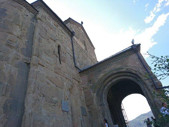 Крепость Метехи: Metekhi Cathedral
