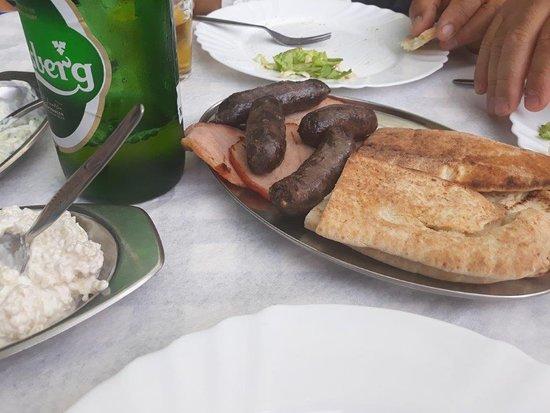 Vouni, Кипр: typical plate