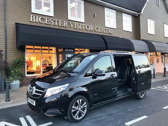 Acton, UK: RPG Transport @Bicester Village Outlet