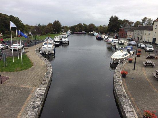 Clondra, Irlandia: Cloondara Harbour where the Richmond Inn is situated
