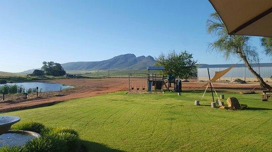 Piketberg, Sudáfrica: Views from Restaurant..