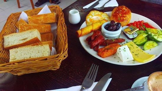 Turkish Kitchen: Turkish breakfast