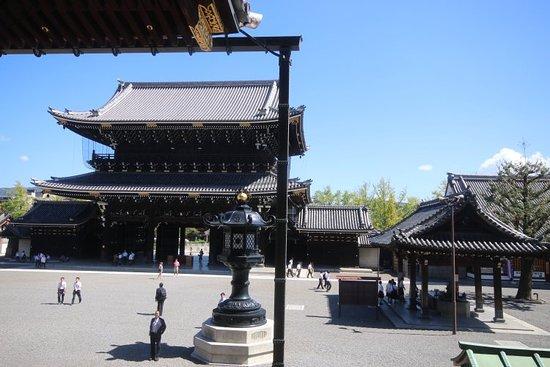 Higashi Honganji: 20180928054549_IMG_3875_large.jpg