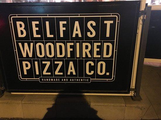 Belfast Wood Fired Pizza Company ภาพถ่าย