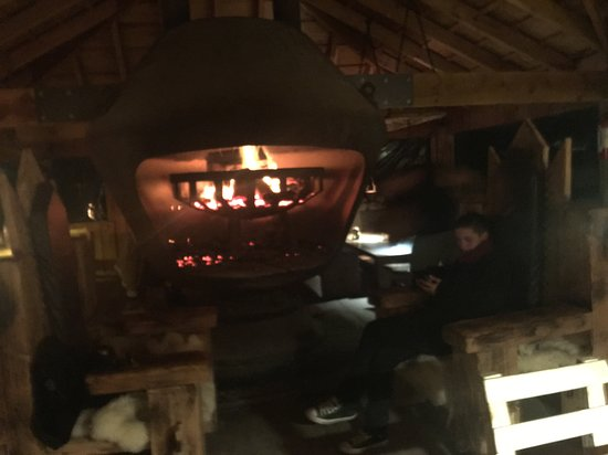 Burdeos Restaurant: La estufa