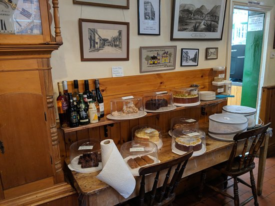 Berry's Coffee House: Cake Selection. 02/08/18
