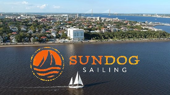 Mount Pleasant, SC: Sundog Sailing along the historic battery with the Charleston Harbor to explore!