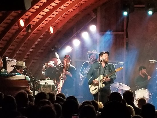 Codfish Hollow Barnstormers: Nathaniel Rateliff and the Nightsweats, inside 'the barn'
