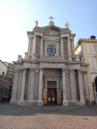 Chiese di San Carlo e Santa Cristina : Fachada da Igreja de San Carlo Barromeo.