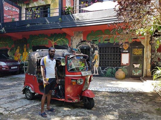 Kandy Sawari Taxi