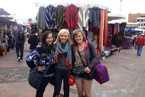 Otavalo Markt und Laguna Cuicocha...