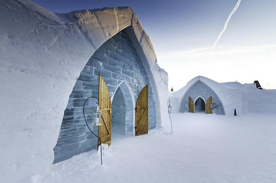 Quebec Ice Hotel Tour