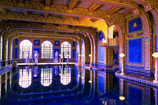 Hearst Castle & Wine Group Tour...