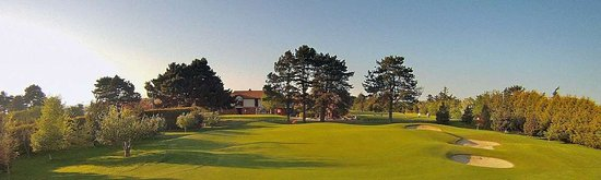 Donabate, Irlandia: 18th Hole, Index 1 showing the course in all its splendor.