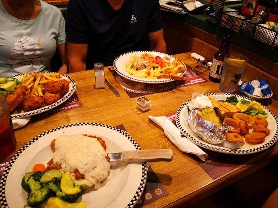 Tulare, CA: Food