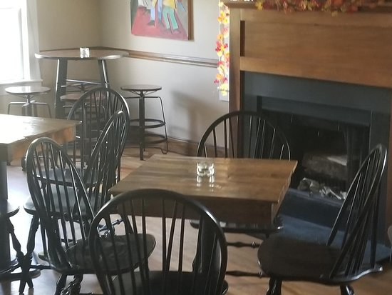 The Lincoln Inn & Restaurant at the Covered Bridge : Tavern