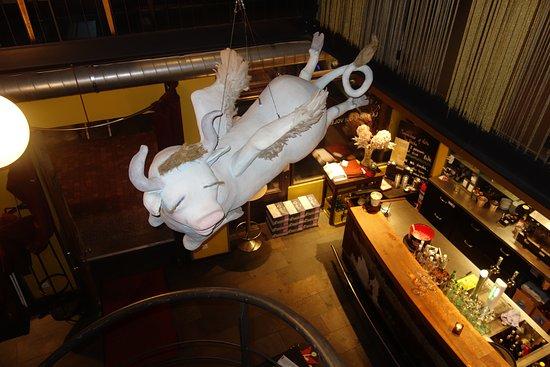La Vache Qui Vole : La salle vue de l'étage