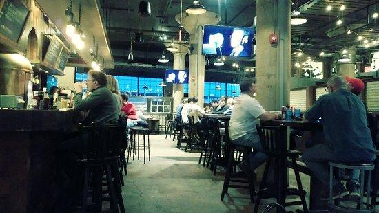 Dinosaur Bar-B-Que: Bar