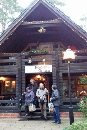 Stechlin, Jerman: Gern kommen wir immer wieder zum Essen, Schwatzen, Wald und Wasser genießen.