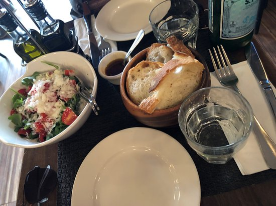 Piccola Cucina Osteria: To start off some bread and a delicious Arugula salad with Pecorino Cheese & Cherry Tomatoes