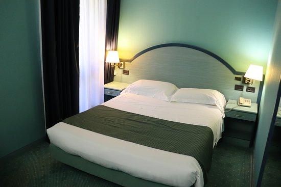 Camera Matrimoniale Per Uso Singolo.Camera Matrimoniale Uso Singolo Picture Of Hotel Domenichino