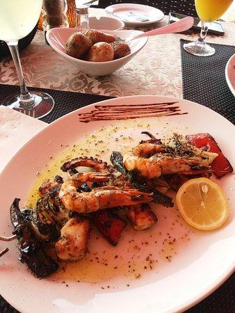 Restaurant & Grill Muralha: 20180930_135015_large.jpg