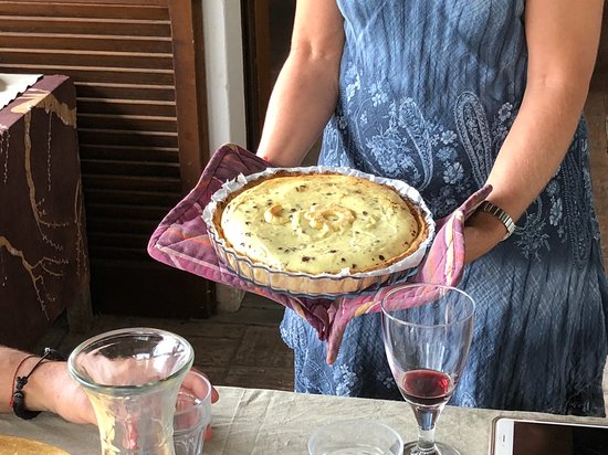 Toffia, Italien: Nice dessert straight from the oven