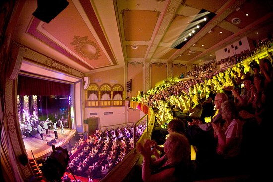 Marietta, OH: A full house for The Oak Ridge Boys, May 2018