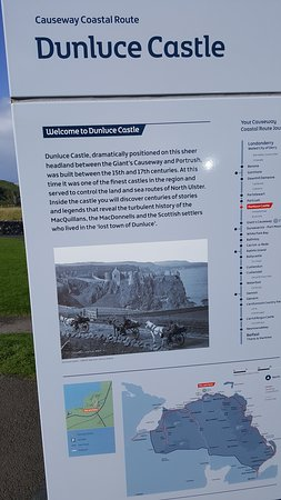 Dunluce Castle: One informative sign