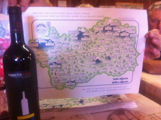 Valgrisenche, Ιταλία: il Signor Camandona offre un ottimo TORRETTE V.D.A. ROSSO-nettare degli dei-