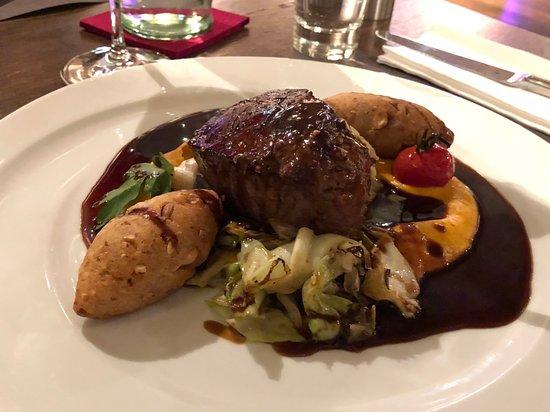 Osthofen, Germany: Hauptspeise: Rinderfilet