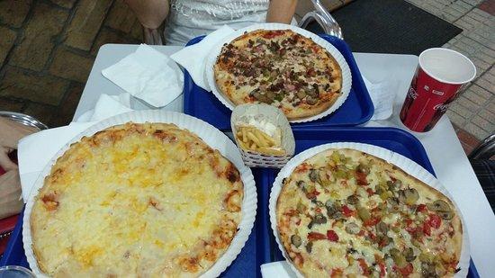 imagen Pizzeria 4 Caminos en Almonte