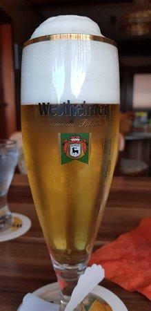 Korbach, Germania: natürlich ein einheimisches Bier, sehr bekömmlich