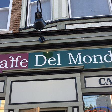 Caffe Del Mondo