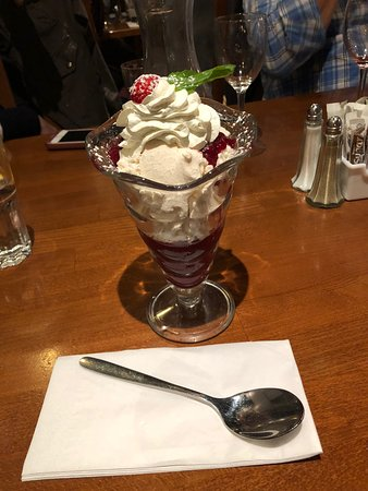 FRANZINIS: Eton's Mess (broken meringues, whipped fresh cream and strawberry sauce)