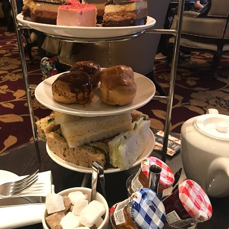 Champagne Afternoon Tea - Worst I have ever had