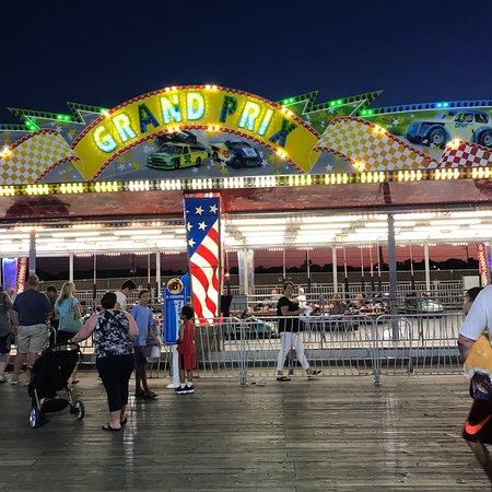 Jenkinson's Boardwalk: photo3.jpg