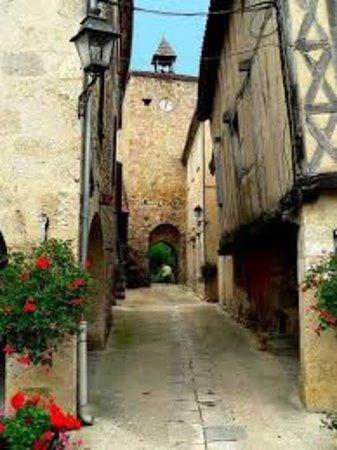 Fources, França: tour