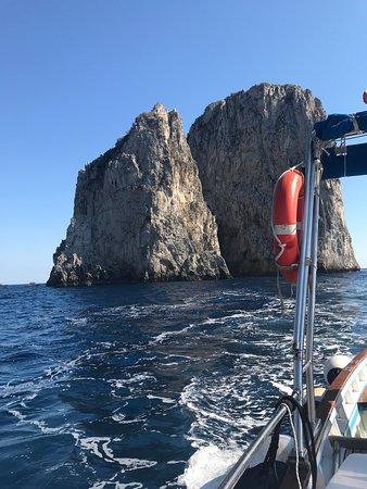 Blue Lizard Capri Boat Tour-billede