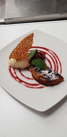 Bailly, Francia: Dessert jour amandine