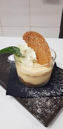 Bailly, Francia: Dessert carte citron