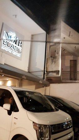 Cafe Noir Blanc - Picture of Cafe Noir Blanc, Colombo - TripAdvisor