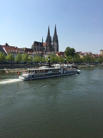 Regensburg, Jerman: Eiserne Brucke