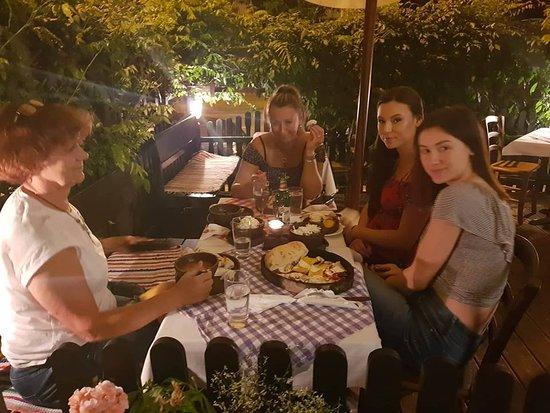 Okrepcevalnica Sarajevo: Dinner time