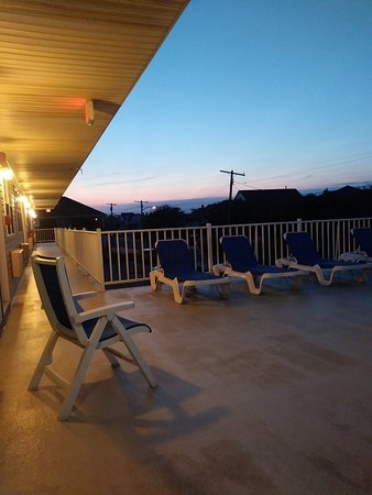 Point Beach Motel: This motel is beautiful