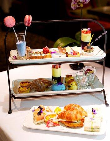 Lobby Lounge (Marco Polo Hongkong Hotel): 蝶舞花間下午茶