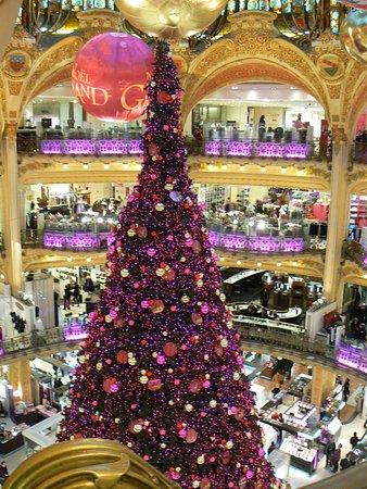 fantastic christmas tree パリ ギャラリー ラファイエット百貨店
