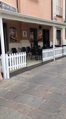 Nicotera, Italy: saletta per il te e la cioccolata con pagamento pagobancomat