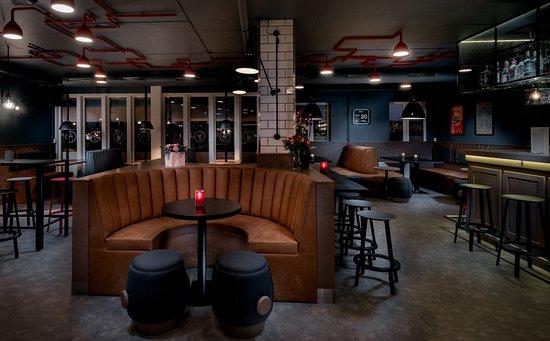 Lokket Pub og Bar