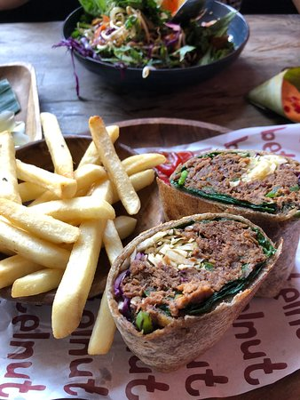Betelnut Cafe: Spicy beef wrap with fries